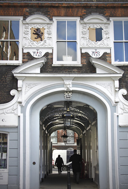 Lincoln's Inn - Arch Way