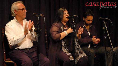 Laura Abadía, en el centro, cantará en nuestro tablao. Foto: Martín Guerrero