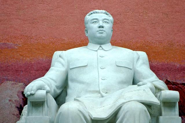 Kim II-sung Statue