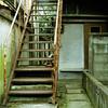 錆びた外階段