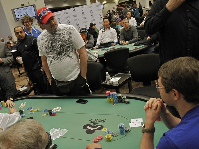 4919 Mike Matusow Eliminated by Jonathan Little