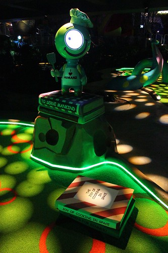 Invaders of Planet Putt mini golf at Universal Orlando