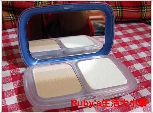巴黎萊雅三色光譜美白粉餅 (4)