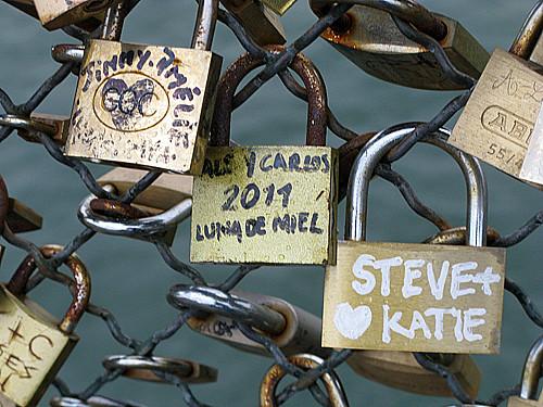 steve and katie - Pont des Arts, Paris