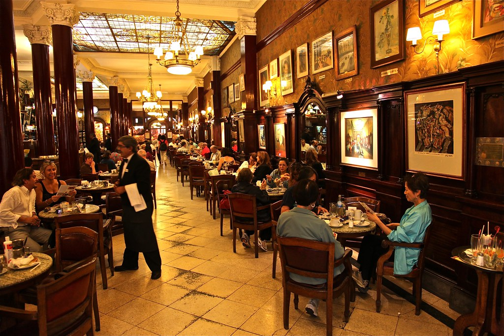 Cafe Tortoni - Buenos Aires - Argentina