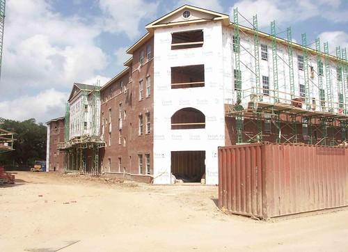 building2-1
