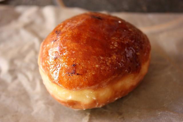 IMCreme Brulee Doughnut