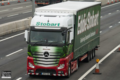 Mercedes-Benz Actros 4x2 Tractor - GK12 UAB - Olivia Edie - Green & Red - 2012 - Eddie Stobart - M1 J10 Luton - Steven Gray - IMG_4698