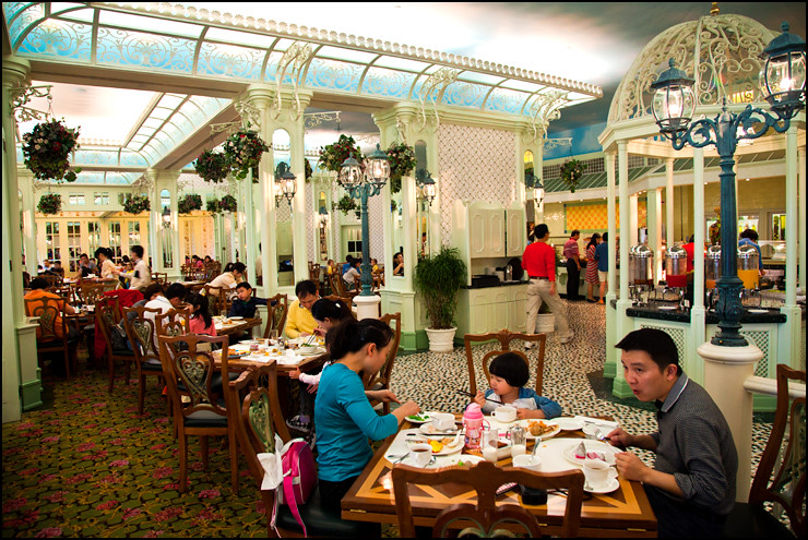 enchanted-garden-restaurant