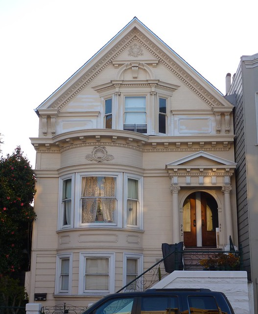 Queen Anne Style Mixing With Colonial Revival Flickr