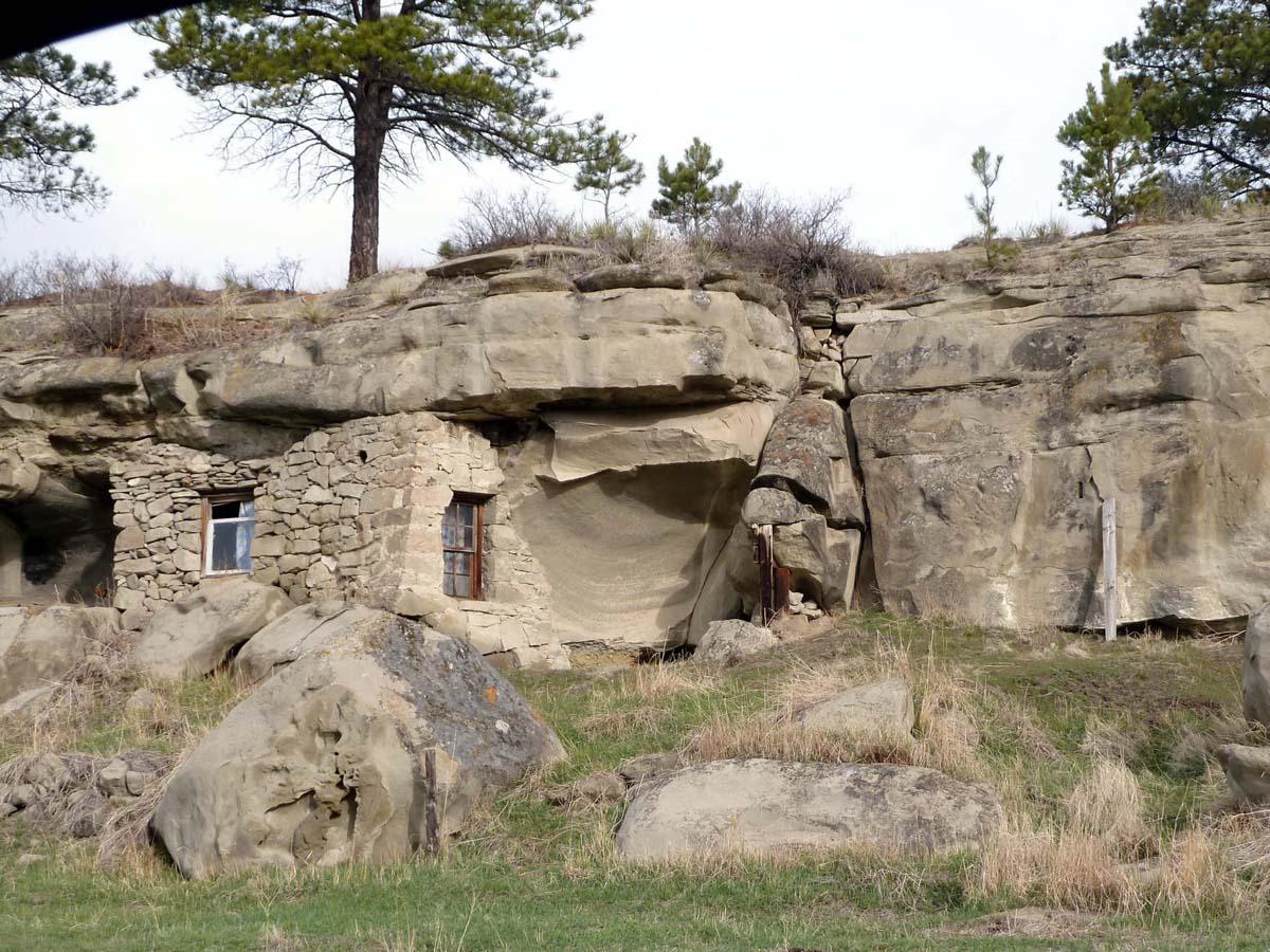 Montana big horn county wyola - Klein Sandstone Montana Cliffhouse Musselshellcounty