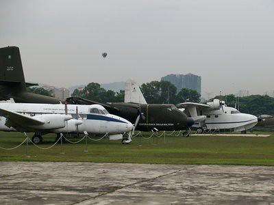 20130410_kl1_planes