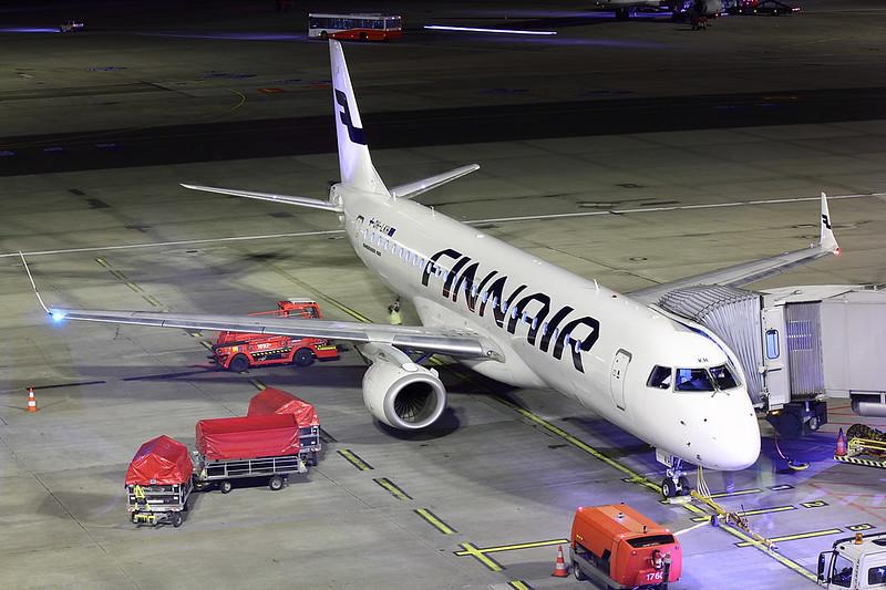 Finnair - E190 - OH-LKH (3)