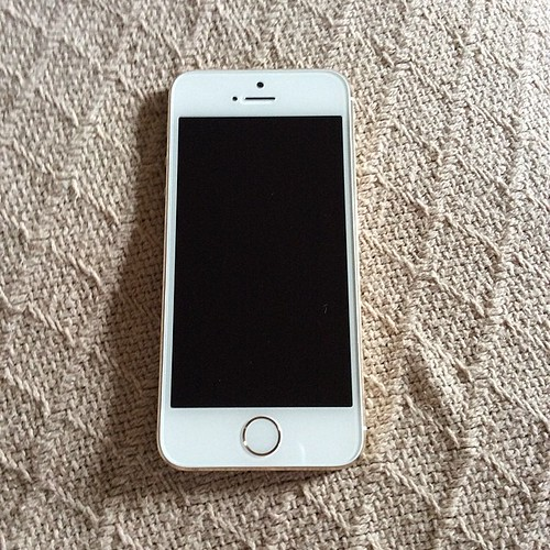 My Gold iPhone 5S. :)