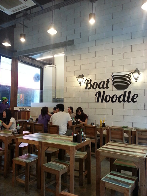 Boat noodle restaurant how many empty bowls can you