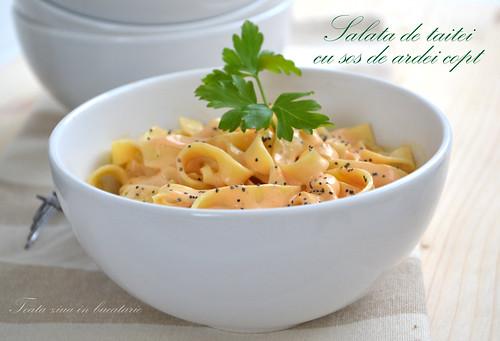 salata de taitei cu sos de ardei copt 2