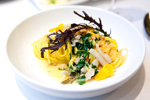 Lemon-saffron linguini