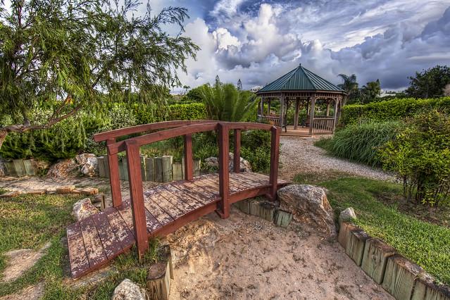 Zen garden flickr photo sharing for Zen garden bridge