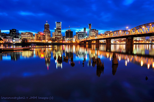 bridge reflection water skyline oregon river portland lights hawthornebridge pilings hawthorne willamette