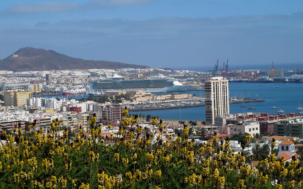 Fotos trasatl ntico independence the seas puerto de la luz for Fred olsen telefono oficina las palmas