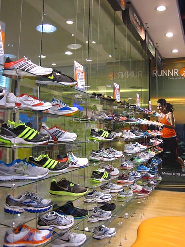 RUNNR ATC: A Wall of Shoes