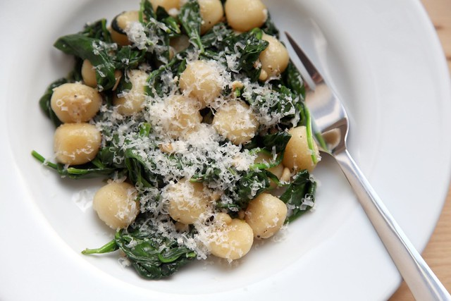 Brown Butter Gnocchi with Spinach and PineNuts 9