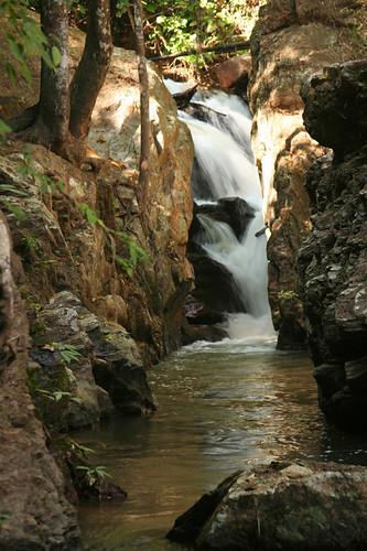 Ob Noi Waterfall