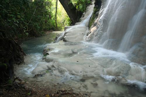 Bua Tong Waterfall
