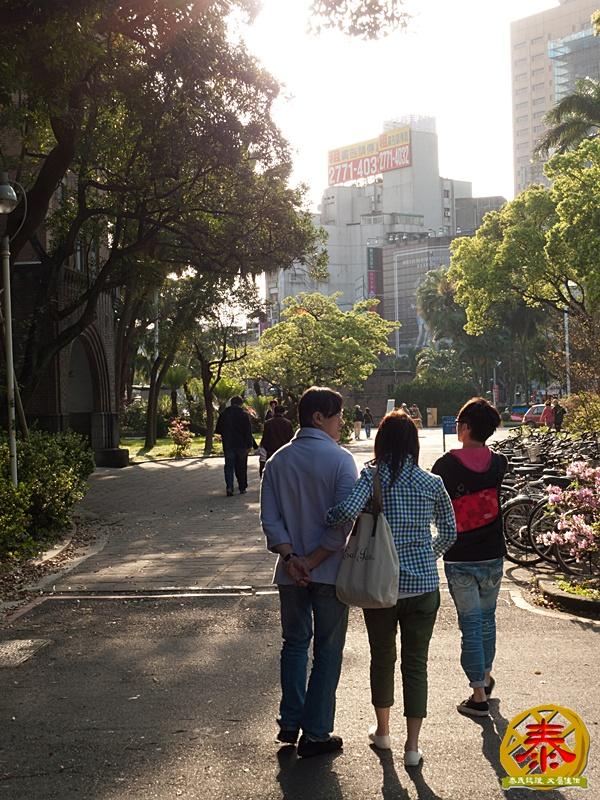 假掰的台大公園杜鵑花-15
