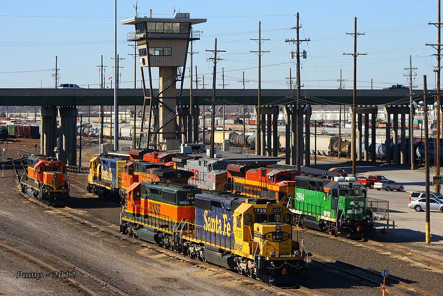 BNSF Argentine Yard at Kansas City, KS   Lots of color congr