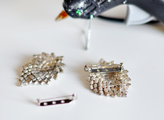 rhinestone earrings into brooches diy