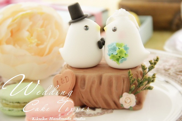 Wedding Cake Topperlove bird with stump
