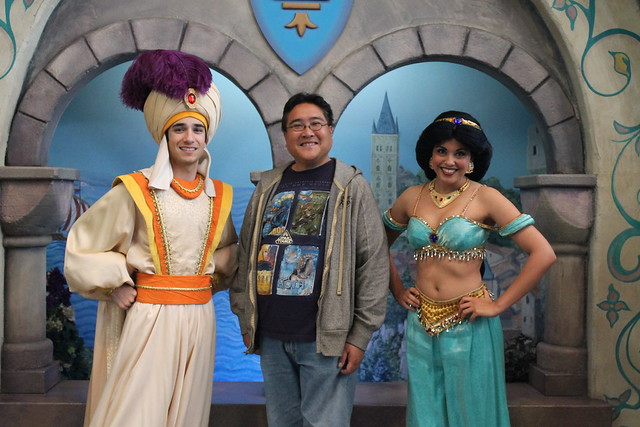 how did aladdin and jasmine meet