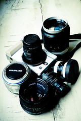 blue(0.0), cameras & optics(1.0), digital camera(1.0), camera(1.0), teleconverter(1.0), mirrorless interchangeable-lens camera(1.0), lens(1.0), digital slr(1.0), camera lens(1.0), black(1.0), reflex camera(1.0),