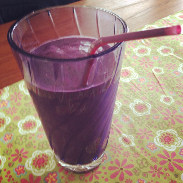 PB+J Smoothie Time!