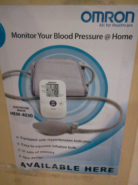 Omron HEM 4030 Automatic blood pressure monitor