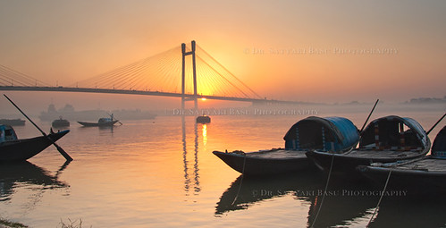 travel bridge sunset india canon river boats eos 1750 second tamron kolkata bengal calcutta ghat westbengal hoogly vidyasagar setu explored 450d gettyimagesmiddleeast
