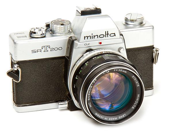 Minolta SR-T200