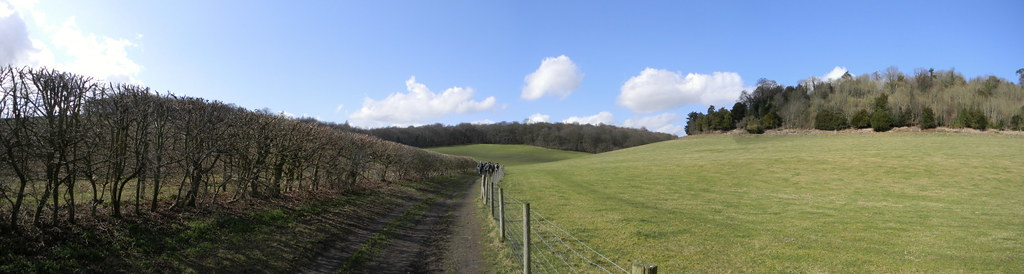 Chilterns Panorama near Hughenden. Saunderton Circular via West Wycombe