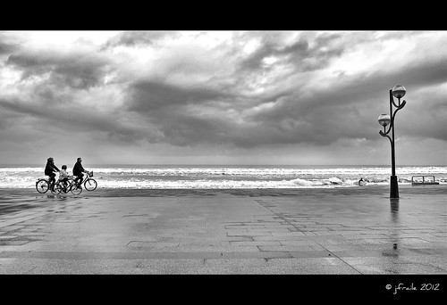 Paseo junto a la tormenta / Walk near the storm [Explore #59]