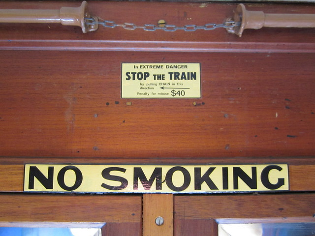 No smoking / Cord to stop the train
