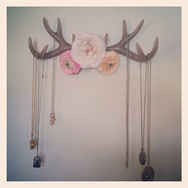1000 images about things you can make out of deer antlers for Fake deer antlers for crafts