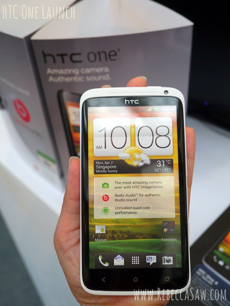 htc one launch-020