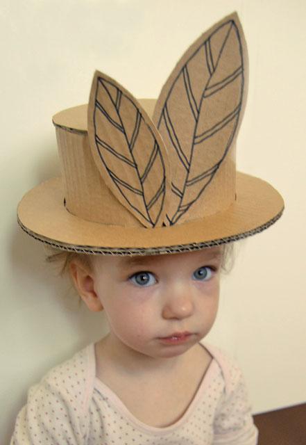 Cardboard hat_002