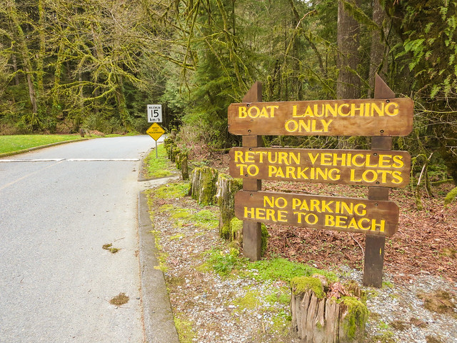 Boat Launching sign