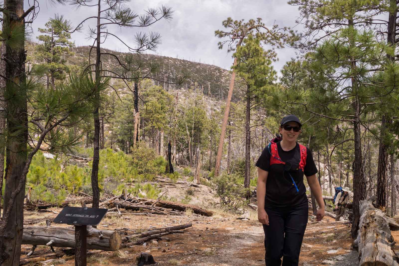 1404 Alison and Bill on the Mint Spring Trail