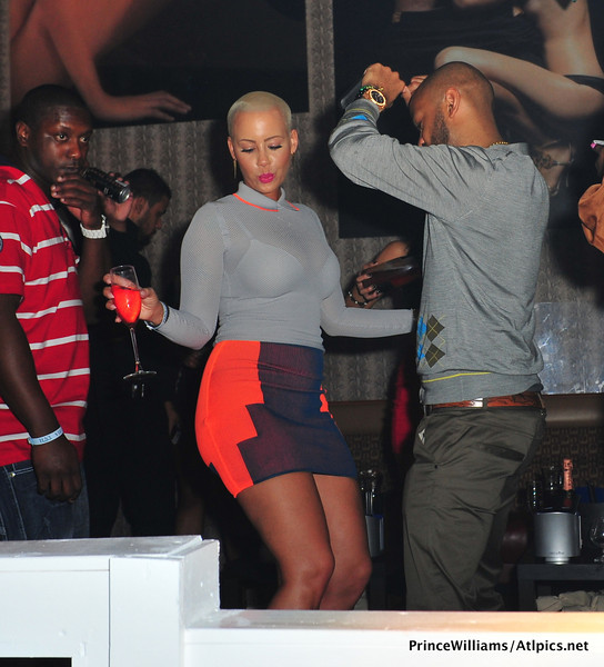 Amber-Rose-nba-all-star-grey-goose