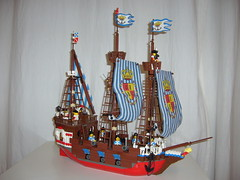 galley(0.0), caravel(0.0), toy(0.0), sailing ship(1.0), vehicle(1.0), ship(1.0), watercraft(1.0), galleon(1.0),