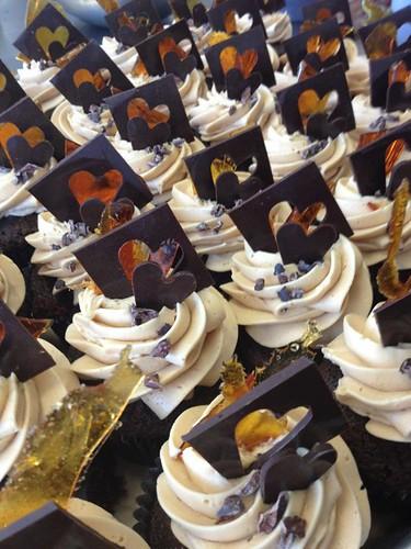 Hugo Cake Artist : Oscars Best Picture nominee cupcakes: Hugo, War Horse ...