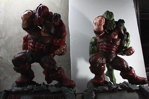 Red Hulk Vs Trion Juggernaut: Statue Forum